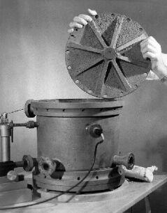 Original Millikan's oil-drop apparatus with an open lid.